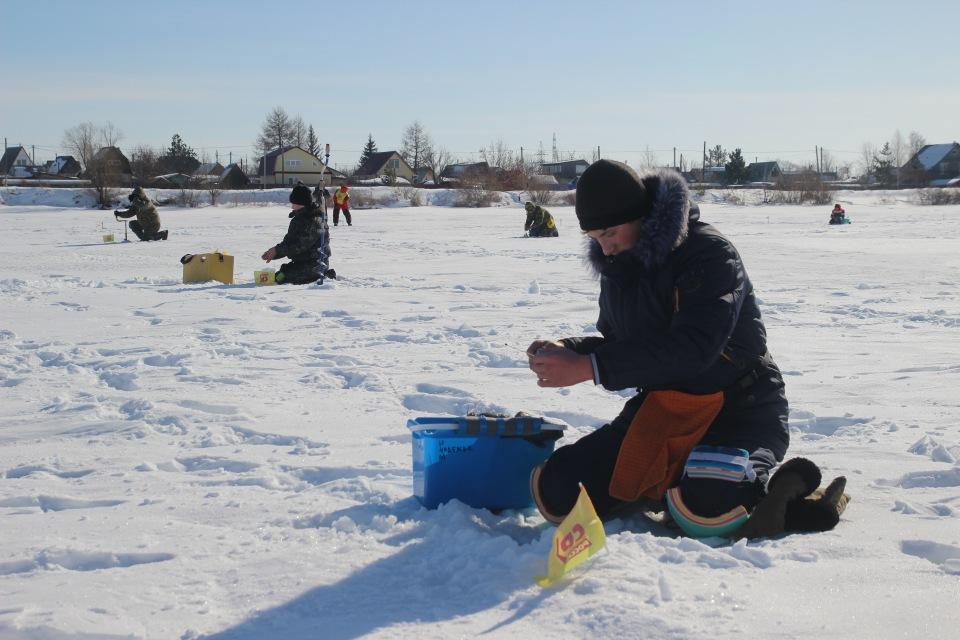 Первенство города Кургана по ловле на мормышку со льда среди юношей и девушек с 14 до 17 лет. 6ab7d3376298