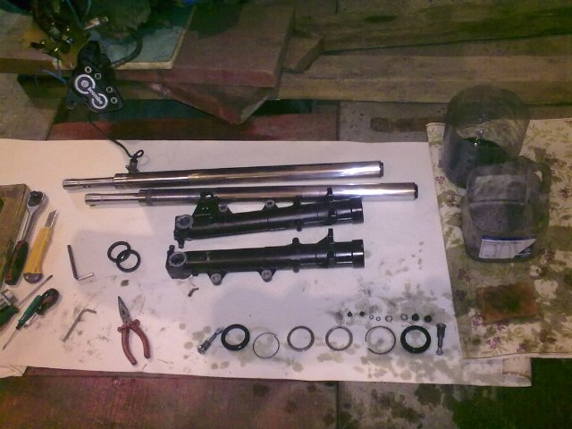 Front fork. Need help! 446052b81f92