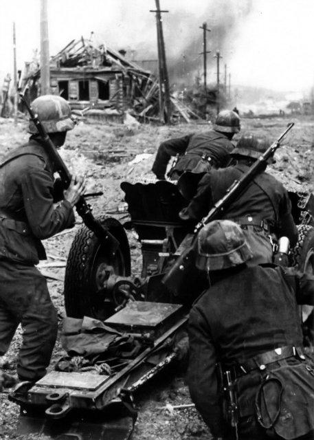 Гильза от артиллерийского выстрела 75-мм немецкого лёгкого пехотного орудия обр. 18 (7,5 cm leichtes Infanteriegeschütz 18 (сокр. 7,5 cm leIG 18/ 7,5 cm le.IG.18/ 7,5 cm le.I.G. 18)) Fcdcdf6e9244