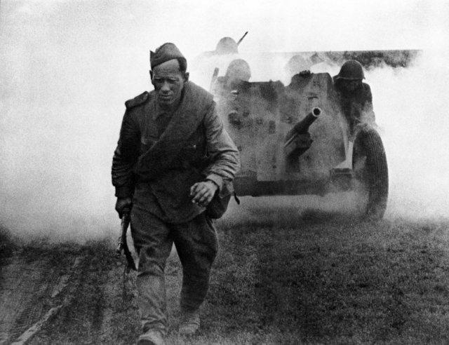 Бронебойные калиберные снаряды 45-мм противотанковой пушки образца 1937 года (53-К) E1626151c8e5