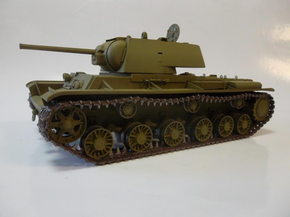 КВ-1 начало 1942 г., 1/35, (ВЭ №35088 + №35084). 242bee32873e