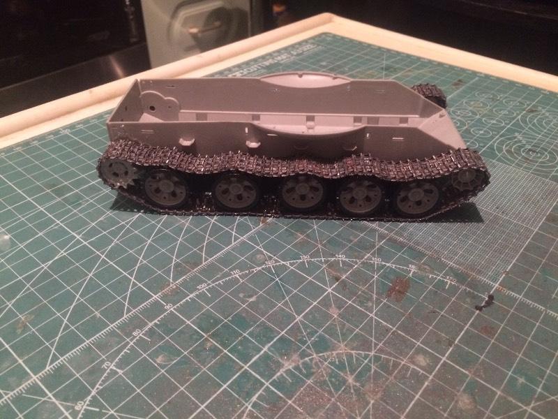 TRUMPETER T-62 Mod 1972  1/35 1b4c2c13e70f