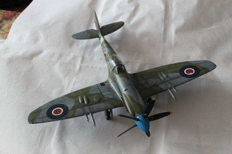 Supermarine Spitfire Mk. 22 Revell. 1/32 514b586722b4