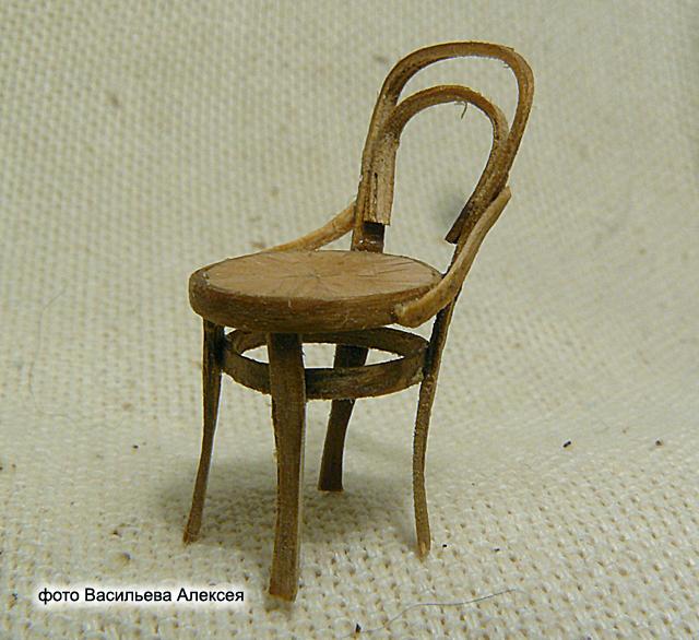 Старый венский стул масштаб 1:35 C028d1aa70e6