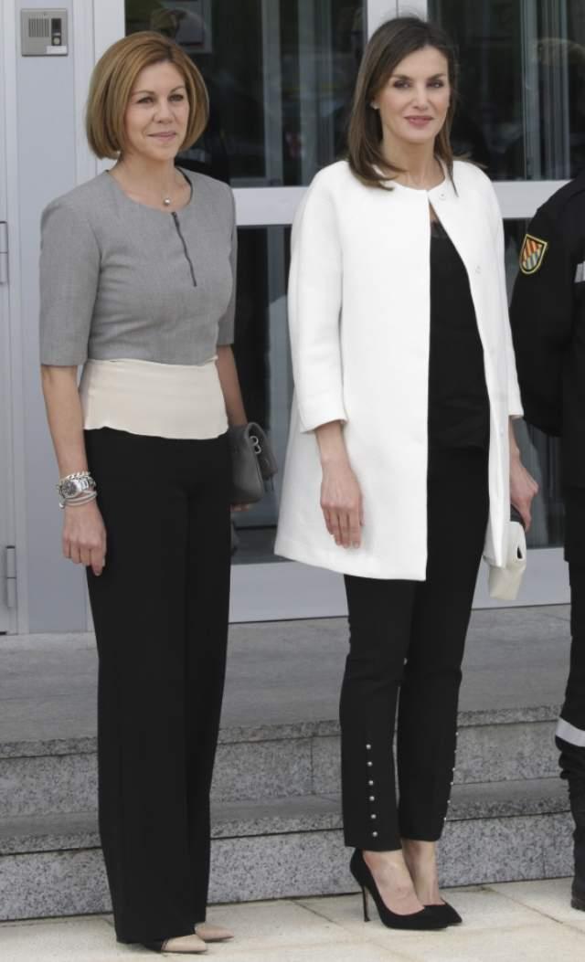 ¿Cuánto mide María Dolores de Cospedal? Cospe-torrejon