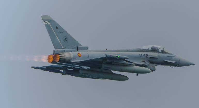Colombia - Página 37 Eurofighter-spain-770-dreamstime