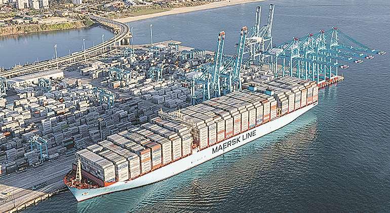 Estibadores portuarios.  El sindicalismo  democrático ayuda al  capital. - Página 6 Maersk-algeciras-770