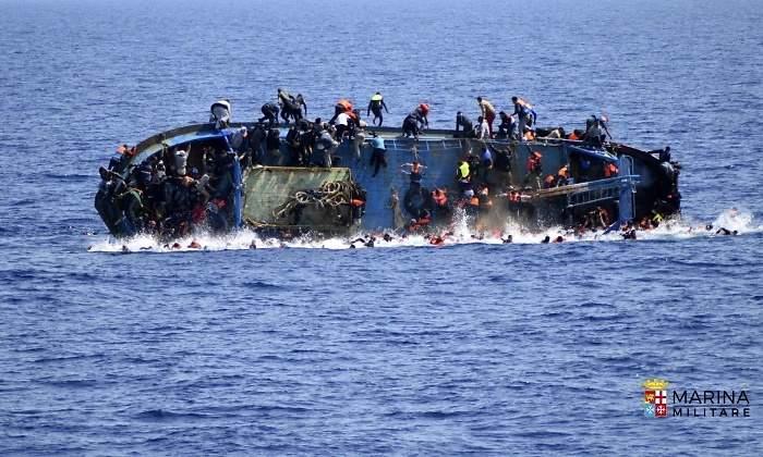Migrantes proletarios y de otras clases, y Unión Europea - Página 35 700x420_libia-rescate-marina-efe