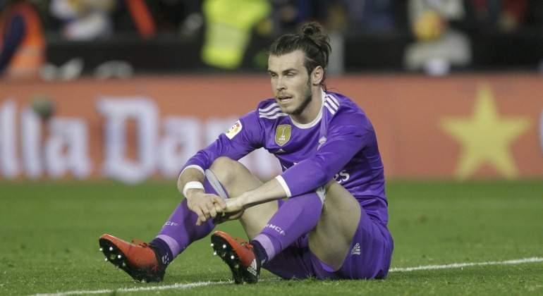 Real Madrid temporada 2017/18, fichajes, rumores, bajas... - Página 2 Bale-tumbado-ocasion-Valencia-2017-reuters