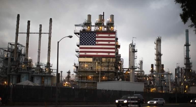 Energía. Producción, distribución. Cénit del petróleo, peak oil, fuentes, contradicciones, consecuencias. - Página 15 Refineria-eeuu-crudo