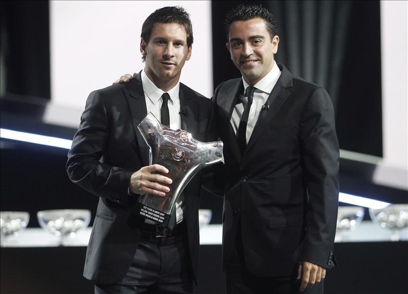 ¿Cuánto mide Lionel Messi? - Estatura y peso - Real height - Página 15 20110825-4025228w