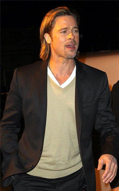 Angelina Jolie and Brad Pitt - Страница 3 75a7e228f235