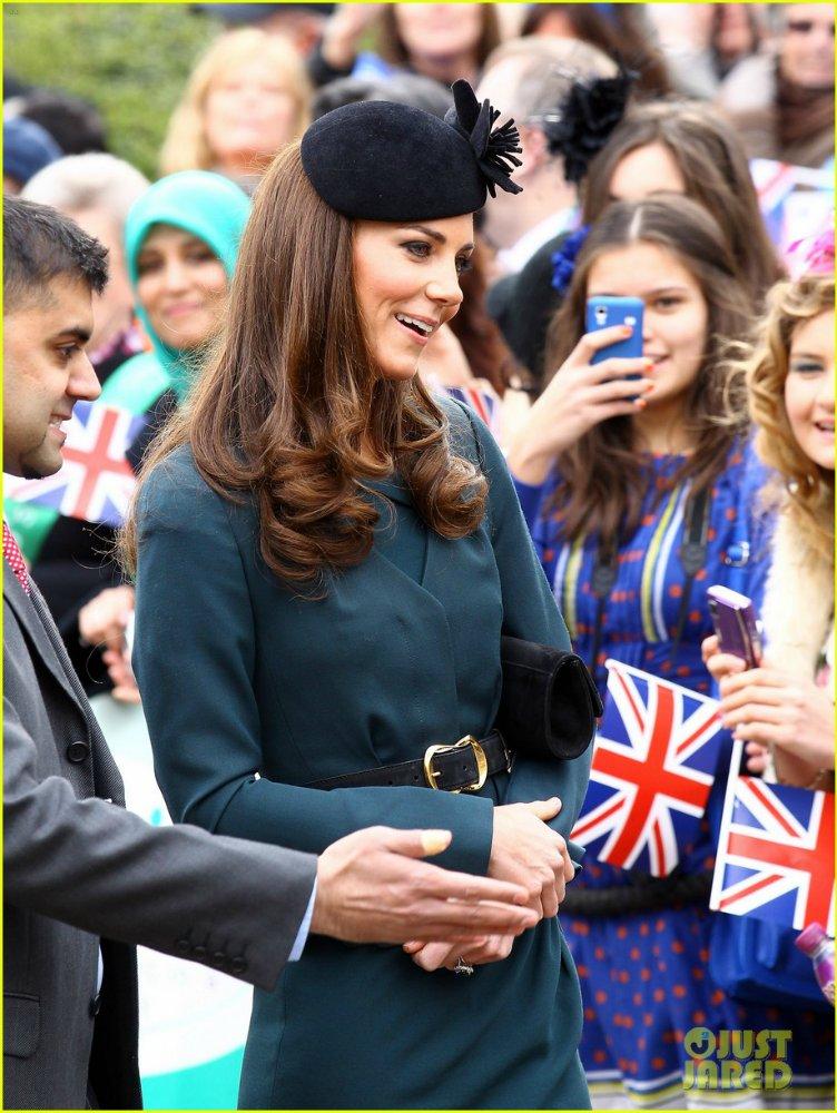 Королевские семьи - Страница 6 31e9b116f4c8