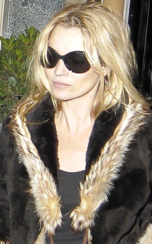 Kate Moss - Страница 2 86ac0204e8ba