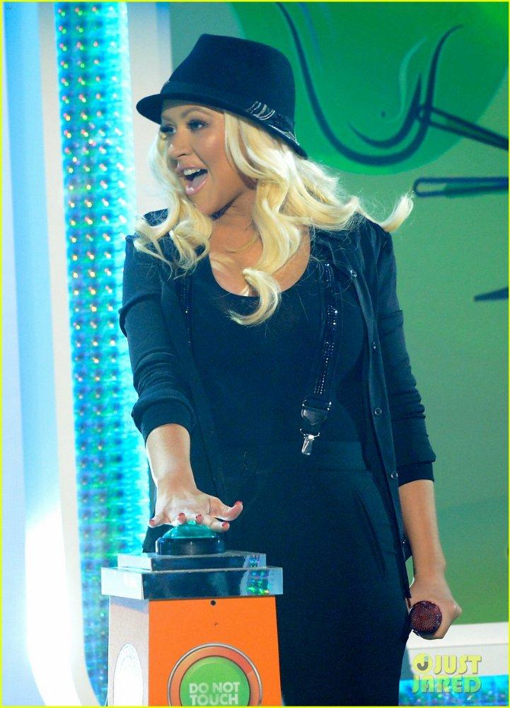 Christina Aguilera  - Страница 11 0d18da2d8980