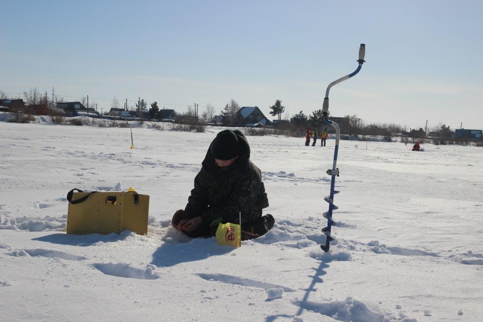 Первенство города Кургана по ловле на мормышку со льда среди юношей и девушек с 14 до 17 лет. 936cb05f12ee