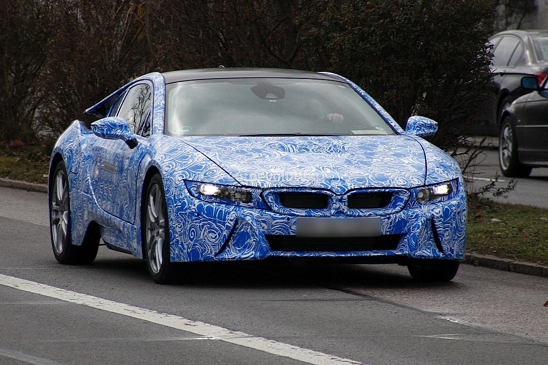 2013 - [BMW] i8 [i12] - Page 6 Spyshots-bmw-i8-spotted-testing-in-germany-720p-1