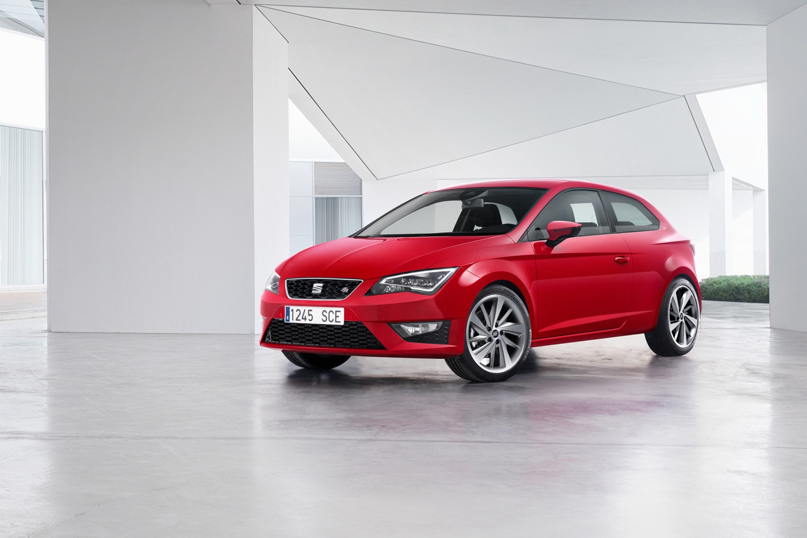 2013 - [Peugeot] 308 II [T9] Seat-released-more-pictures-of-the-new-leon-sc-photo-gallery_44