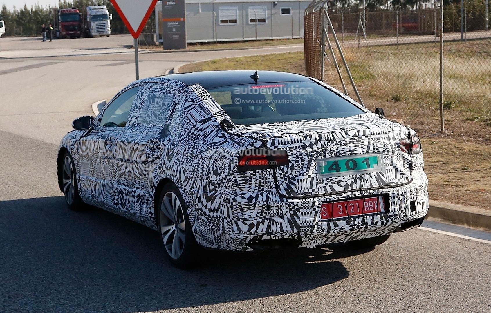 2015 - [Volkswagen] Passat VIII [B8] - Page 7 Spyshots-next-generation-volkswagen-passat-shows-new-details-1080p-4
