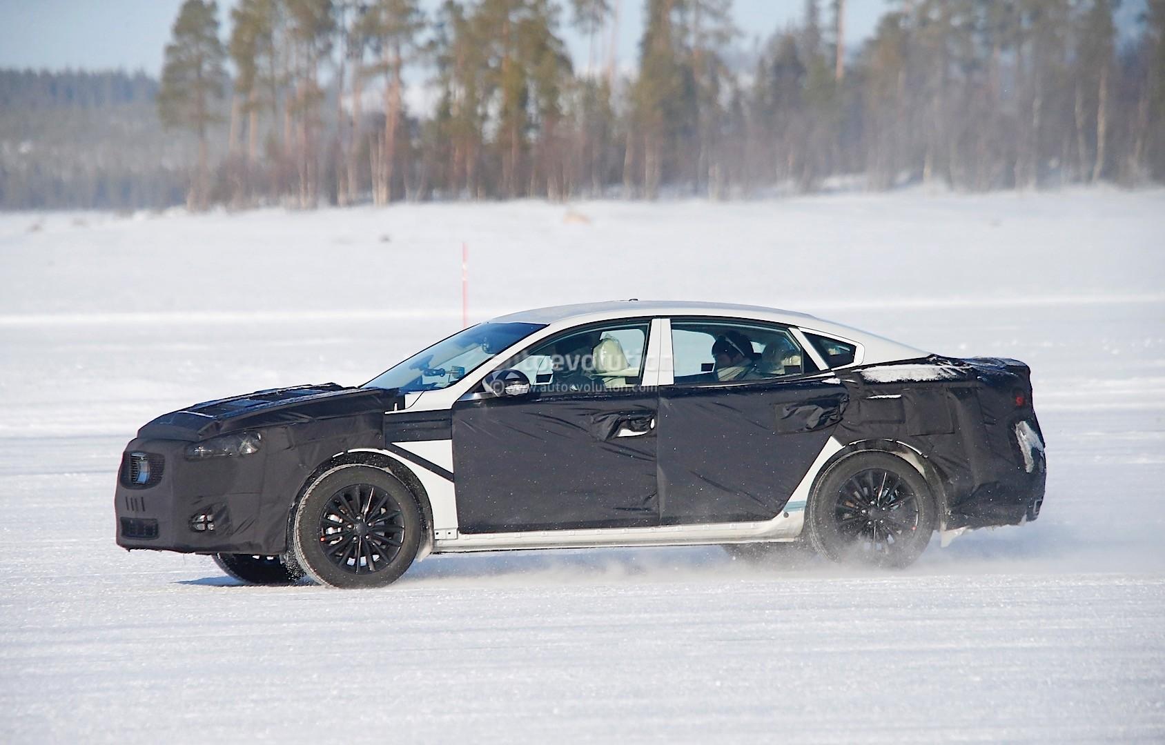 2015 - [Kia] Cadenza II 2016-kia-k7-cadenza-spied-testing-in-sweden-photo-gallery_3