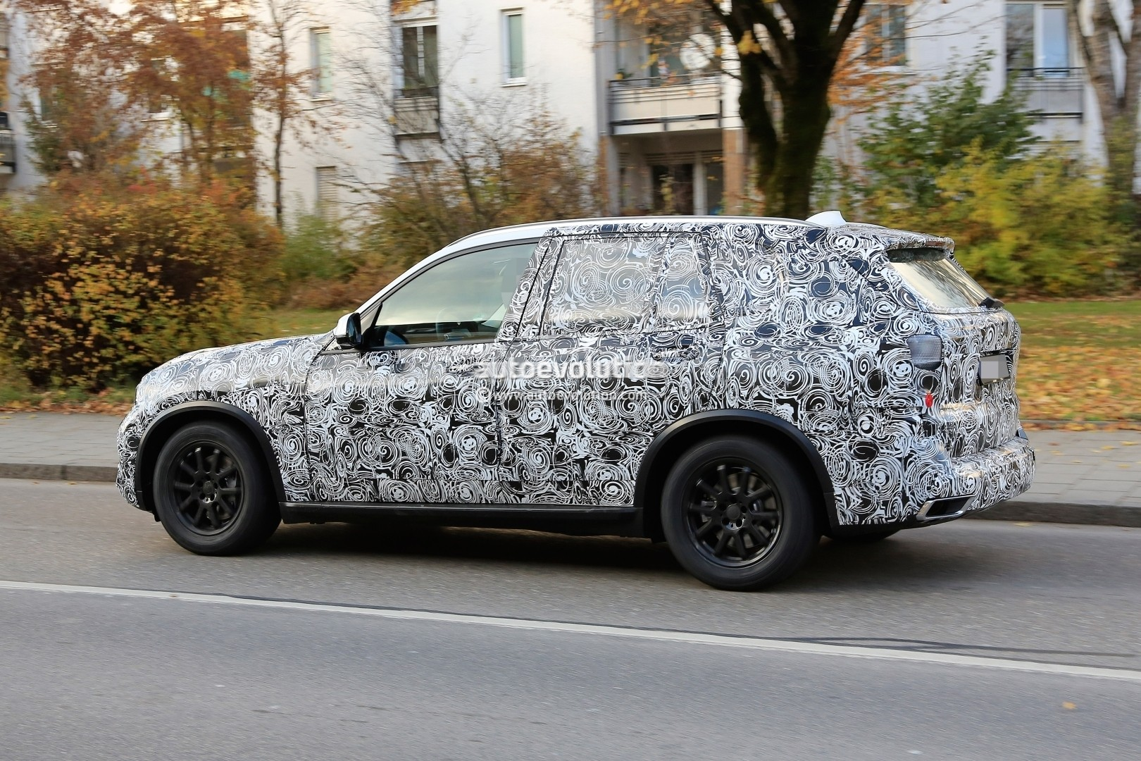 2018 - [BMW] X5 IV [G05] - Page 2 2018-bmw-x5-pre-production-prototype-first-spyshtos-reveal-huge-kidney-grilles_15