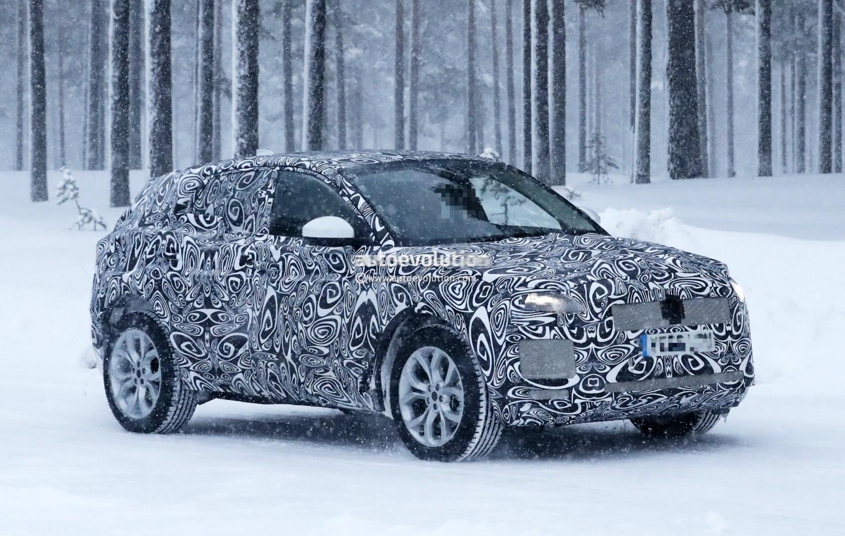 2017 - [Jaguar] E-Pace - Page 2 2018-jaguar-e-pace-spied-in-the-snow-could-become-quickest-selling-jaguar-ever_1
