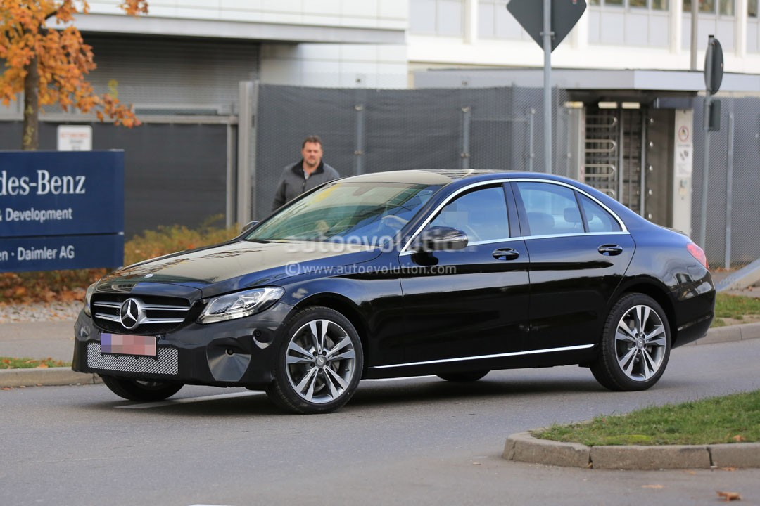 2018 - [Mercedes] Classe C Restylée [W205/S205] 2019-mercedes-benz-c-class-facelift-may-cause-a-bit-of-confusion_4