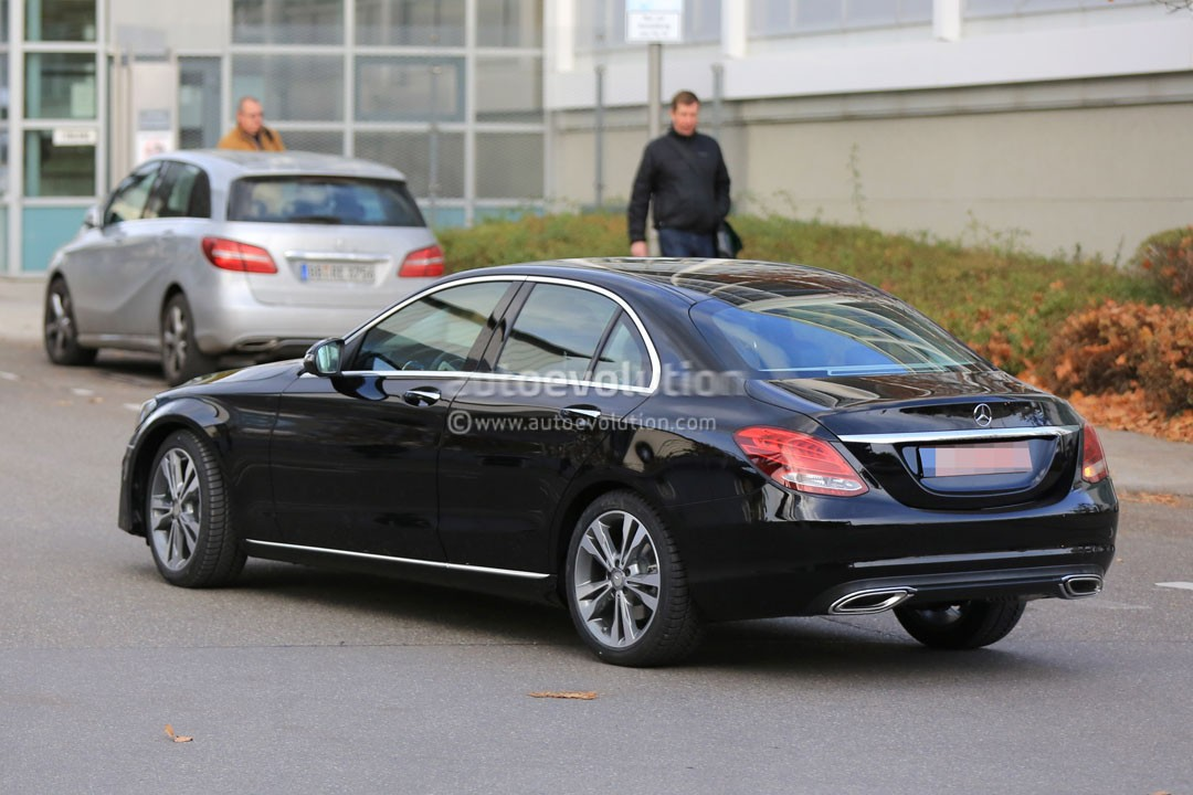 2018 - [Mercedes] Classe C Restylée [W205/S205] 2019-mercedes-benz-c-class-facelift-may-cause-a-bit-of-confusion_8