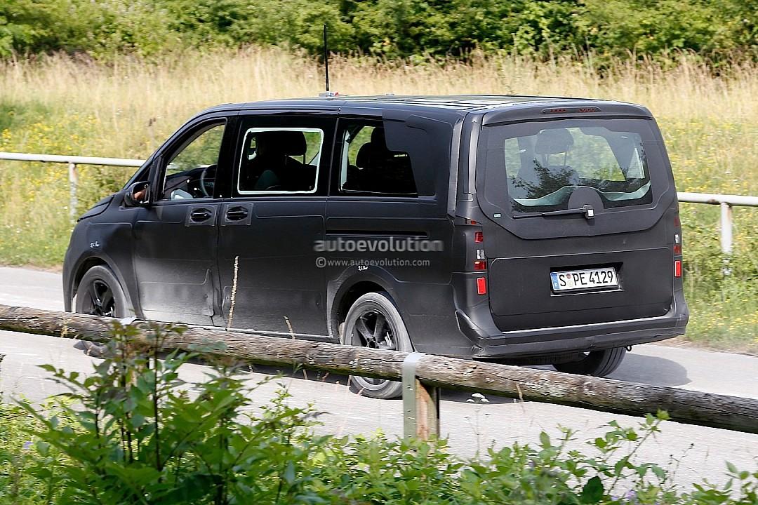 2014 - [Mercedes] Classe V/Vito - Page 2 Spyshots-2014-mercedes-viano-720p-4