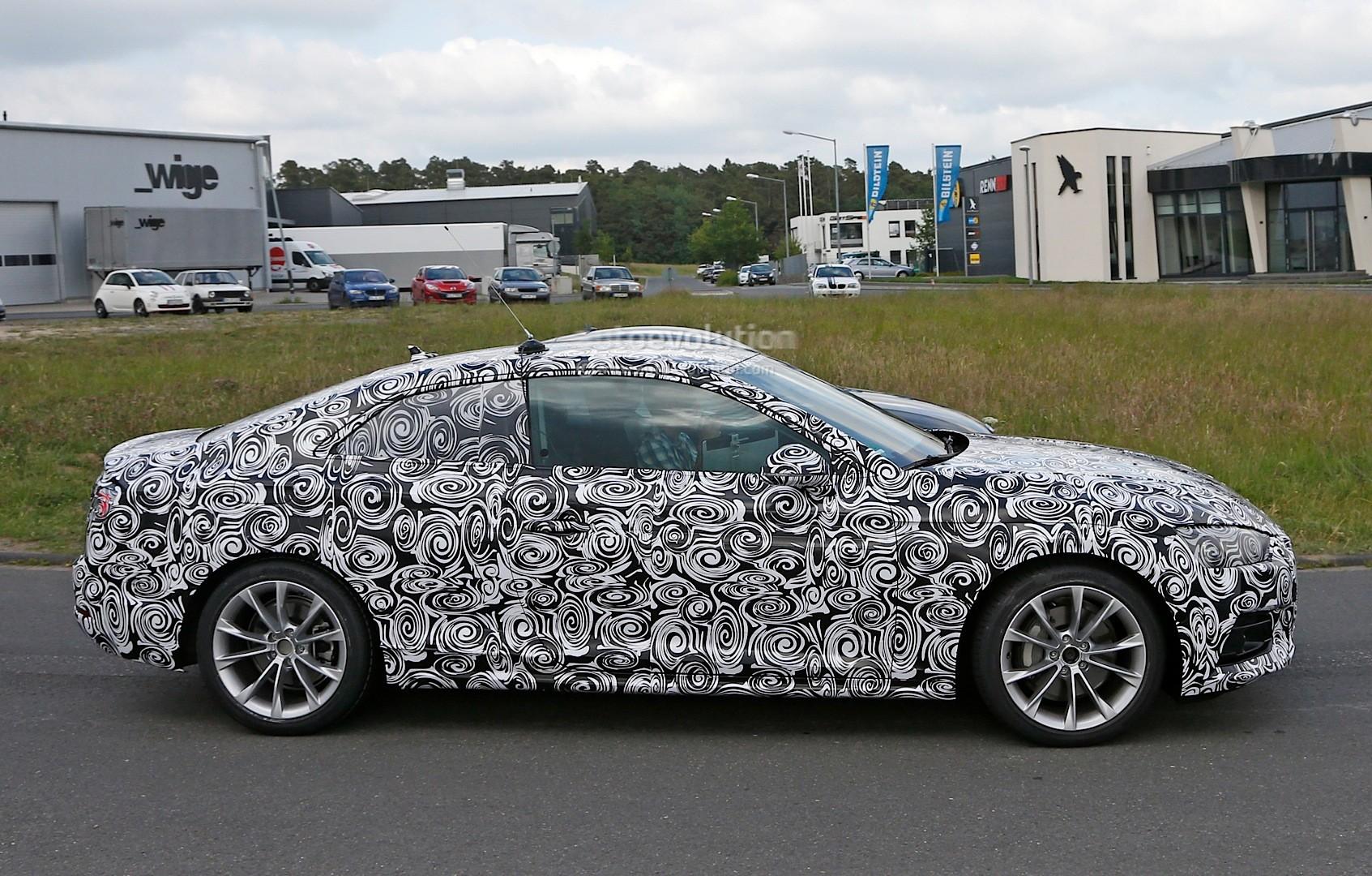 2016 - [Audi] A5 Coupé, Cabriolet et Sportback - Page 2 All-new-2017-audi-a5-coupe-first-spy-photos-show-evolutionary-design_5