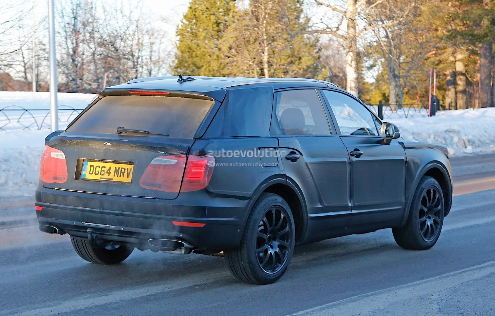 2015 - [Bentley] Bentayga - Page 5 Bentley-bentayga-spied-once-again-looks-like-an-edgier-vw-touareg-photo-gallery_8
