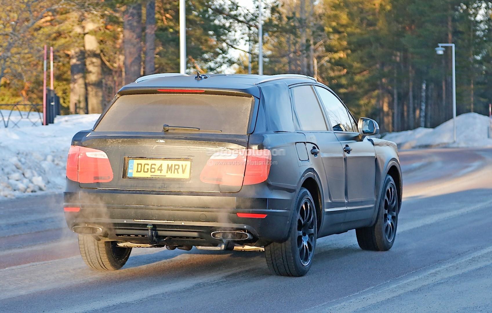 2015 - [Bentley] Bentayga - Page 5 Bentley-bentayga-spied-once-again-looks-like-an-edgier-vw-touareg-photo-gallery_9