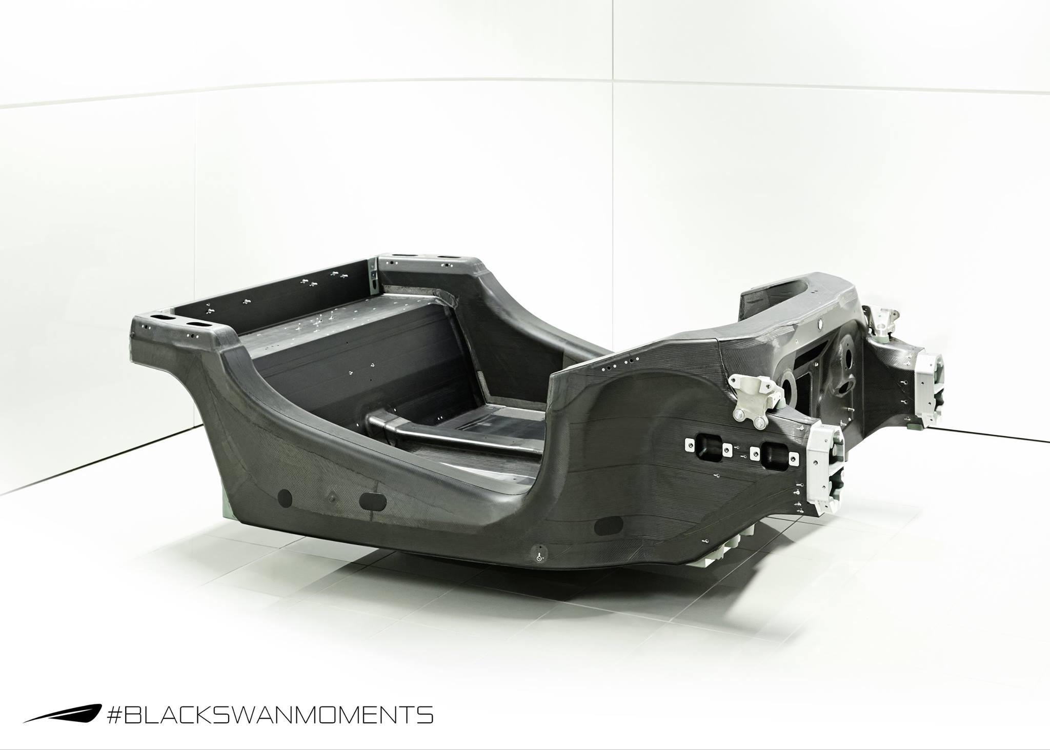 2015 - [McLaren] 570s [P13] - Page 2 Mclaren-reveals-sports-series-carbon-fiber-monocoque-tub_1