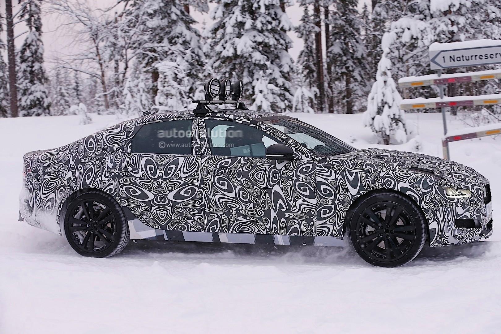 2016 - [Jaguar] XF II [X260] - Page 2 Next-jaguar-xf-spied-testing-in-the-snow-interior-sneak-peek-photo-gallery_6
