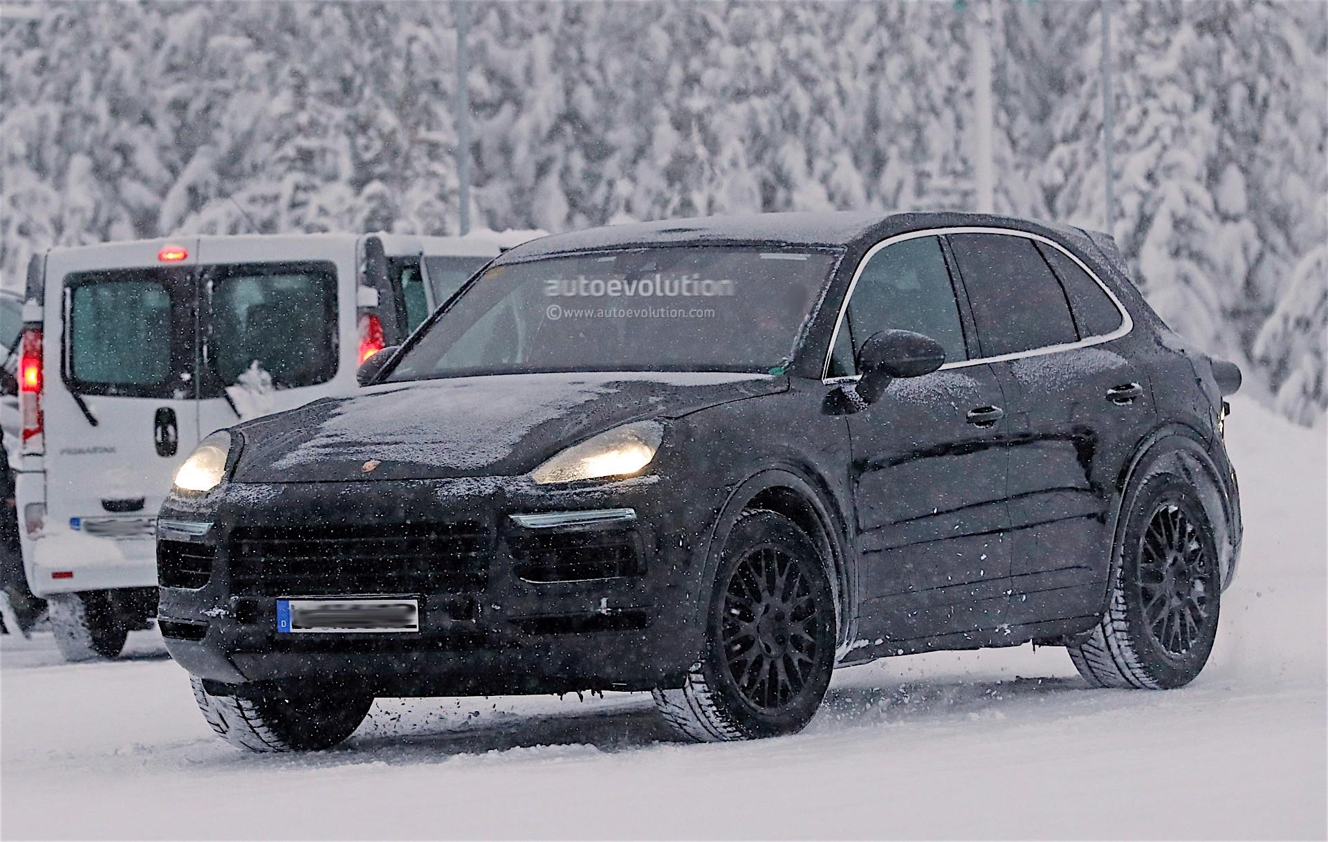 2016 - [Porsche] Cayenne III - Page 2 Porsche-cayenne-carpix_4