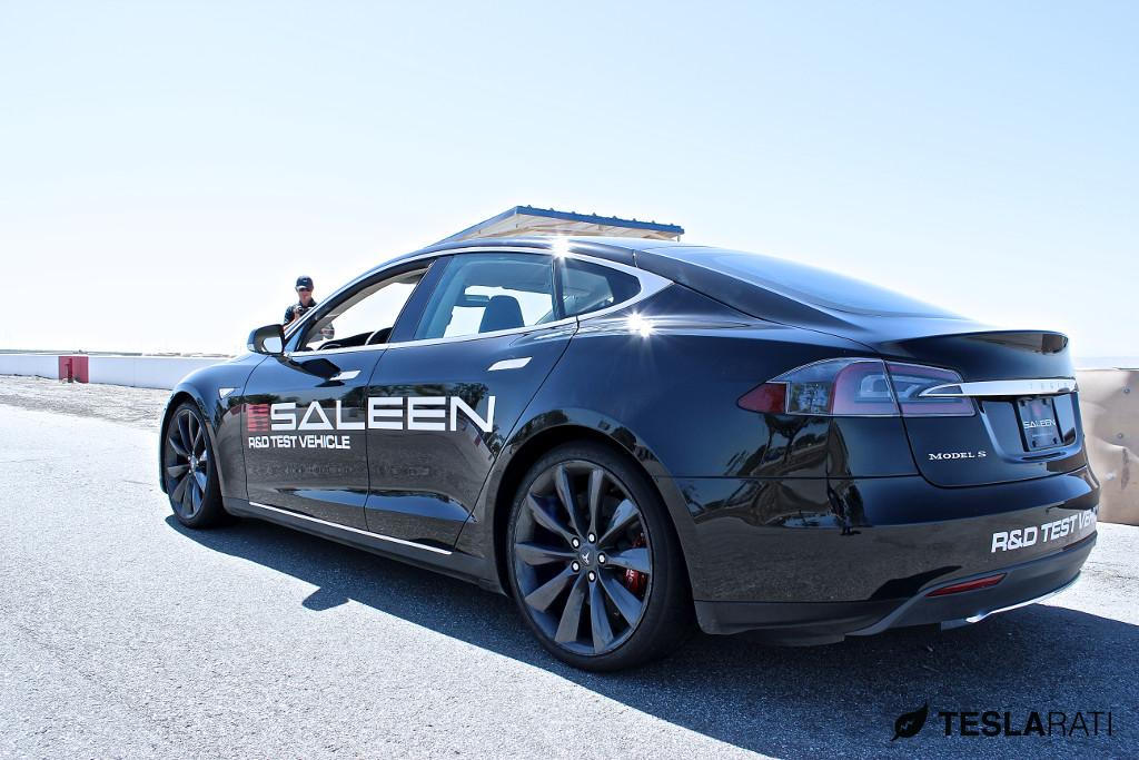 2009 - [Tesla] Model S Sedan - Page 9 Saleen-tesla-model-s-spied-while-track-testing_1
