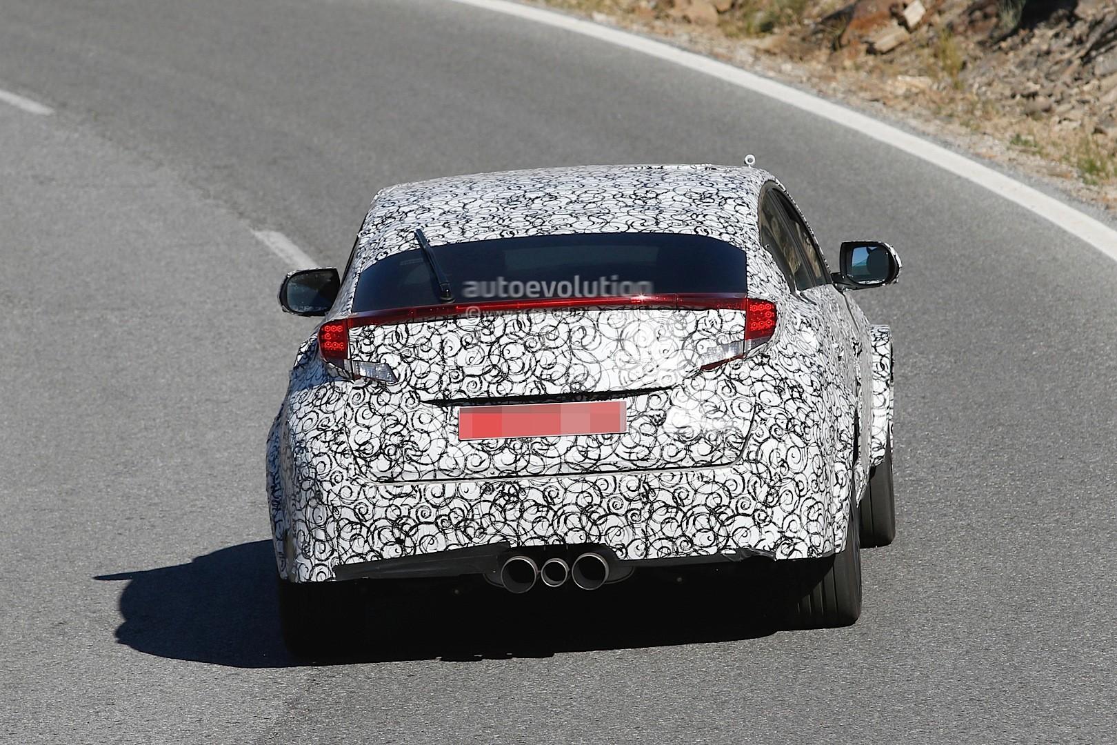 2017 - [Honda] Civic Hatchback [X] Spyshots-2017-civic-type-r-sedan-spied-with-ferrari-like-exhaust-in-the-us_5