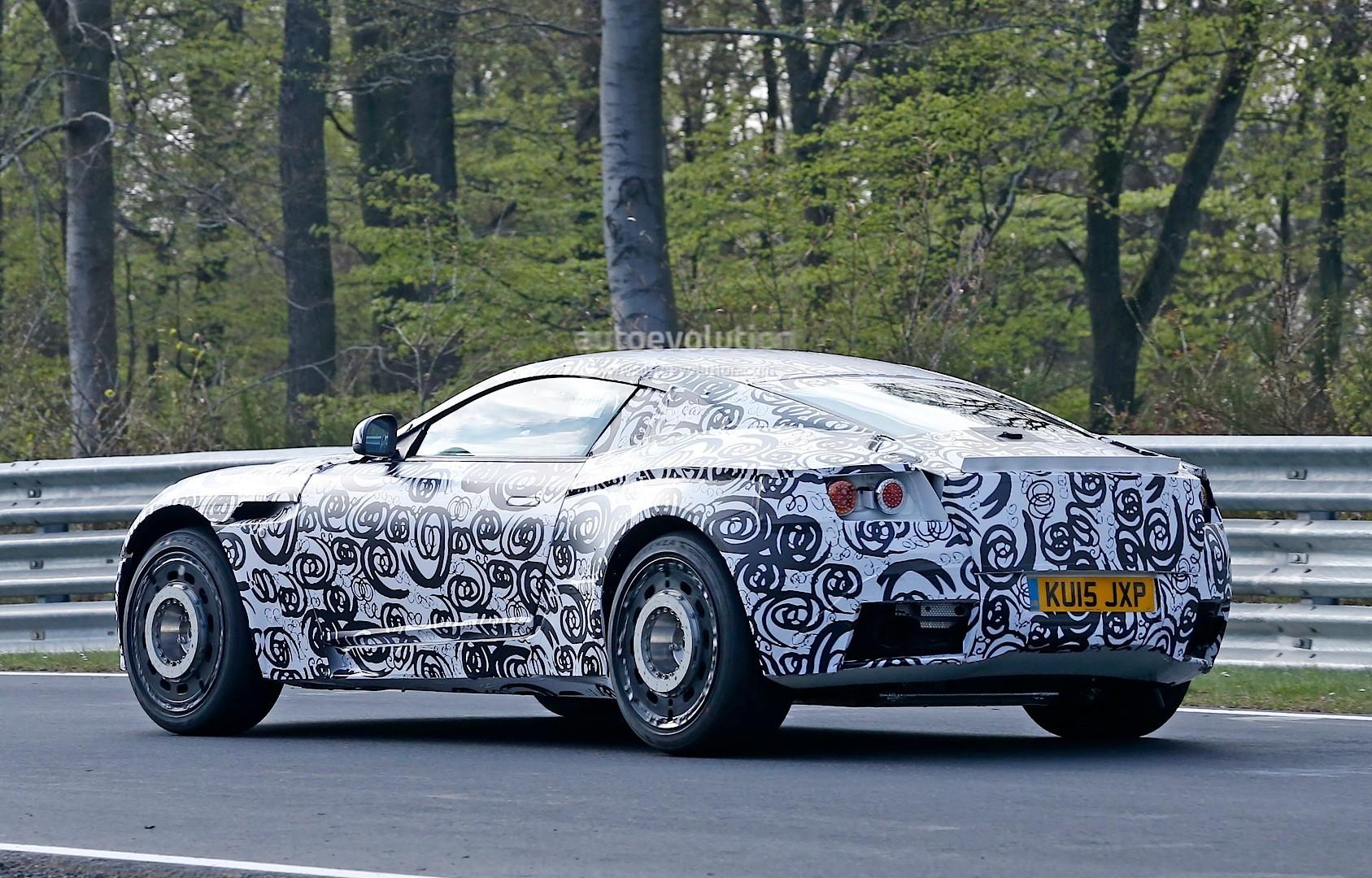 2016 - [Aston Martin] DB11 Spyshots-aston-martin-db11-prototype-seen-testing-at-the-nurburgring_7