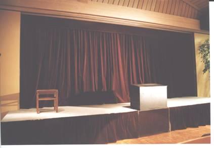 Die kleine Bühne Kdvl4b9p