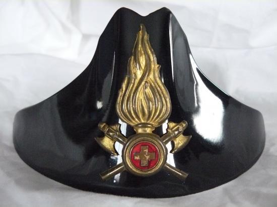 Photos Plaques des casques des Pompiers  10149881p1030980-jpg
