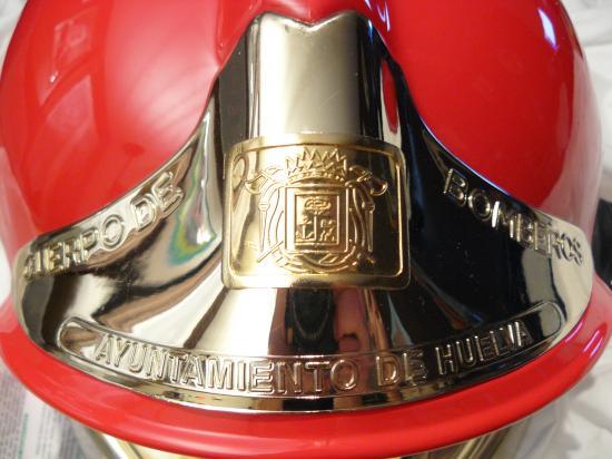 Photos Plaques des casques des Pompiers  11975720p1030957-jpg