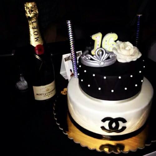 Крем-брюле, С ДНЕМ РОЖДЕНИЯ! 16-birthday-black-cake-Favim.com-2470790