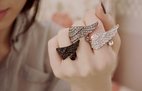 Accesori.. - Page 7 Accessories-fashion-photography-rings-separate-with-comma-Favim.com-209375