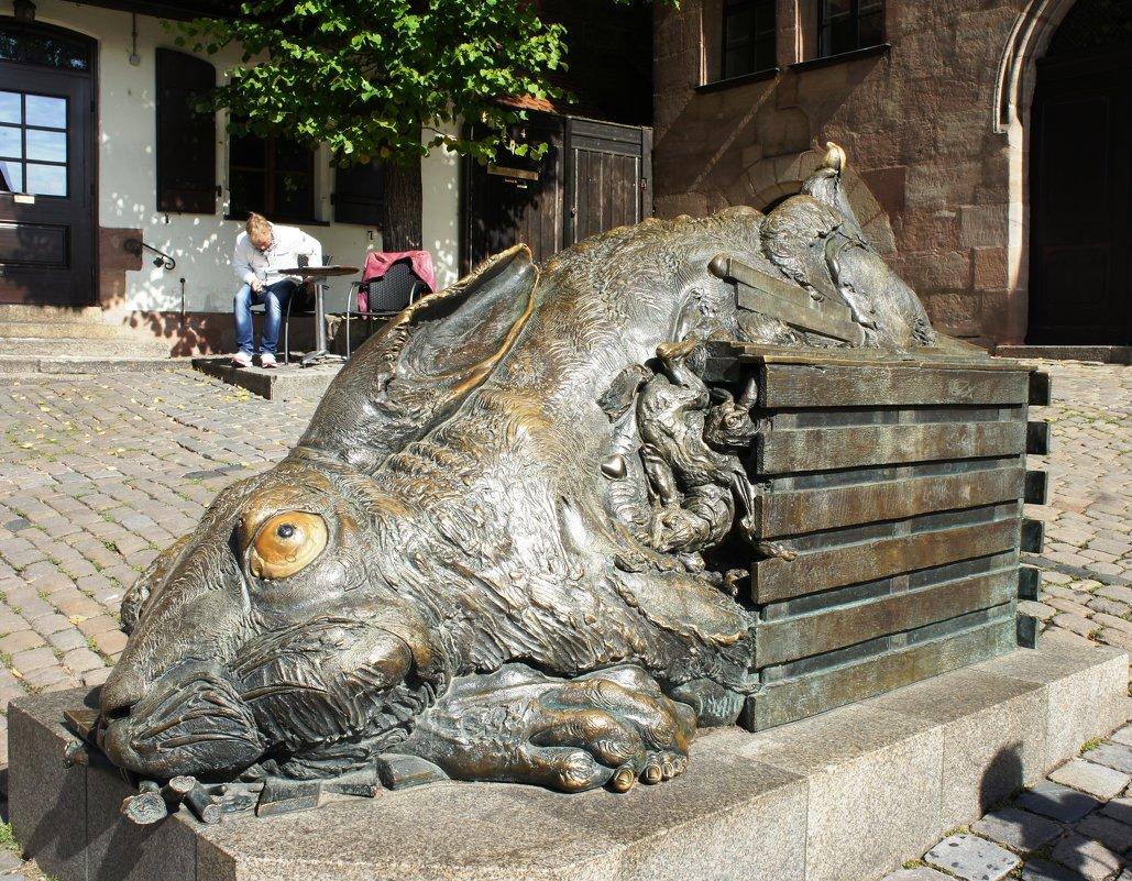 Скульптуры, памятники и монументы - Страница 2 2225981