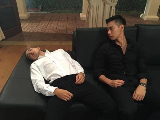 """Cảnh nóng đồng tính trong phim Vũ Ngọc Đãng gây """"sốt"""" 20150512-023034-hinh14_520x390"""