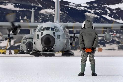 Макс Иванов - Тайна Антарктиды: странная военно-научная операция; кто начал рвать ледник и показывать свою силу? 1161209121ee55785f294da13e02