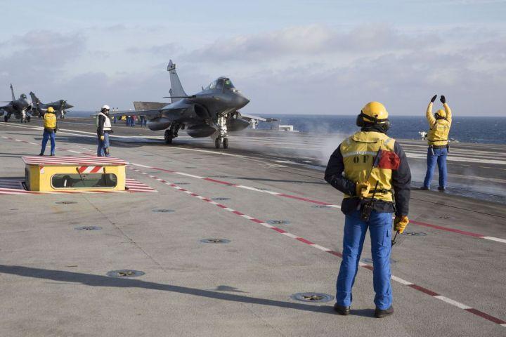 marine et aéronavale 4463427_8f3e5ac6-a0bc-11e4-ba5c-001517810e22-3