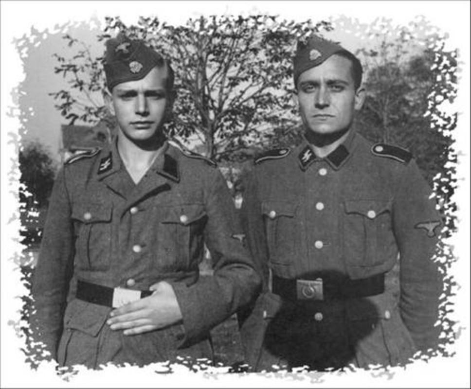 casco - Mis apuntes de WWII Gorra_SS_2