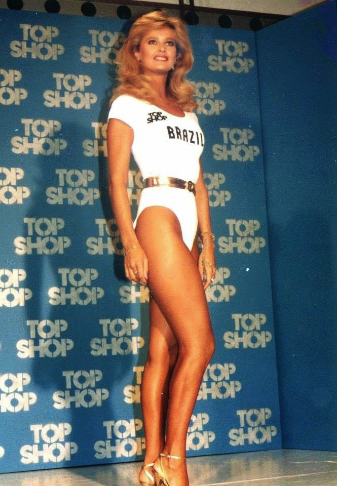 adriana alves de oliveira, miss brasil 1981/miss mundo brasil 1984. unica miss brasil a participar de miss universe e miss world. Adriana_alves_de_oliveira_-_Miss_Brasil