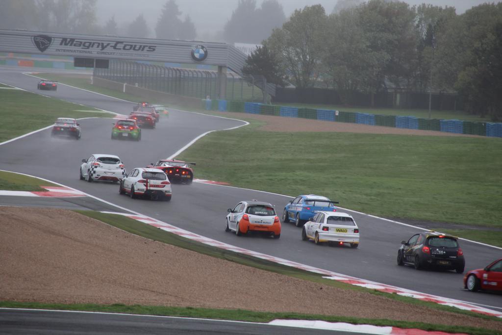 Saison course 2017 de Juju 89: Free Racing club Le Mans Bugatti! - Page 3 IMG_5599